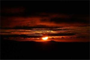 森吉山から見る夕日は美しい
